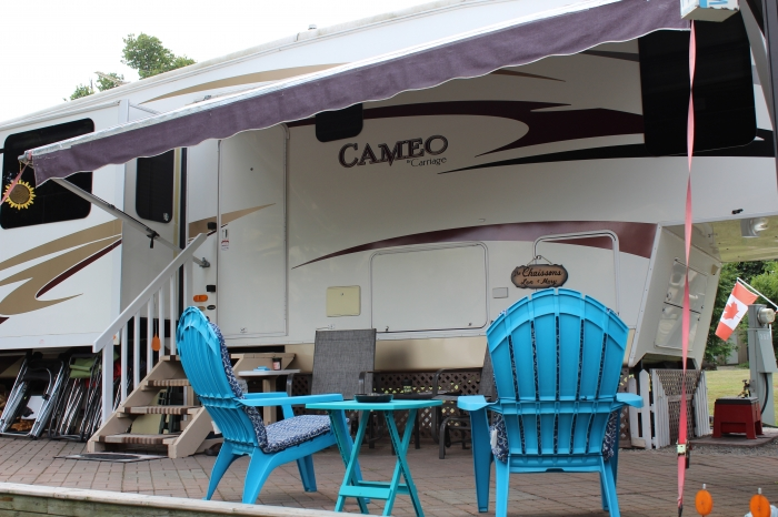 2008 Carriage Cameo 5th Wheel